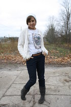 white Vintage Thrifted cardigan - charcoal gray Steve Madden boots