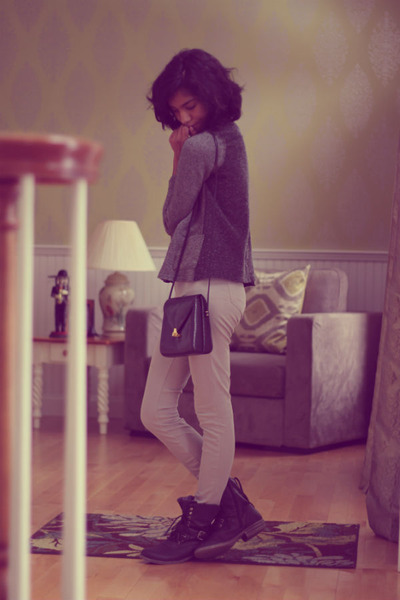 black gifted boots - black thrifted bag - gray moms cardigan