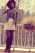 army green Gap hat - blue delias shirt - gray delias tights