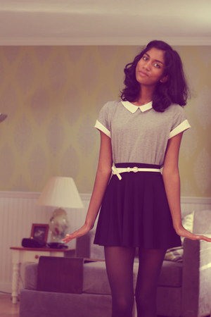 black CVS tights - heather gray Gap shirt - black H&M skirt