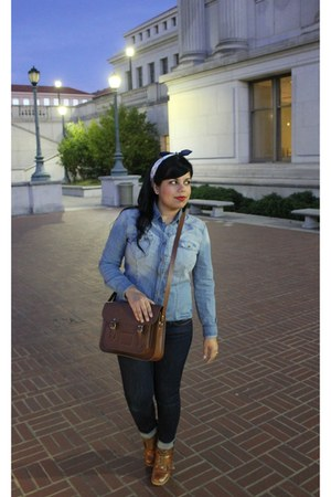 Cambridge Satchel Company purse - Levis jeans - Urban Outfitters shirt