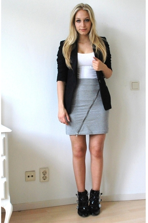 H&amp;M t-shirt - H&amp;M skirt - H&amp;M blazer - DSquared shoes