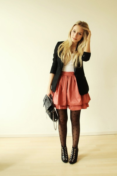 black H&amp;M blazer - black lace ups H&amp;M shoes - black heart tights Primark tights
