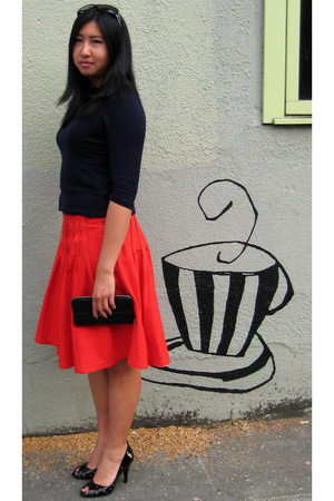 J Crew top - Oilily skirt - BCBGirls shoes - TODs wallet