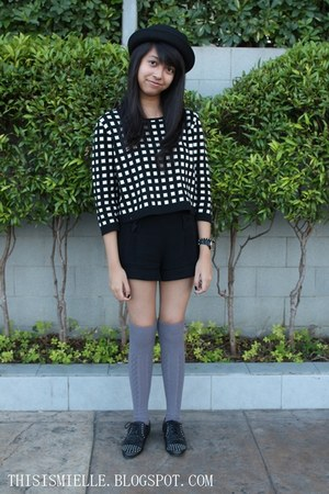 studded black Forever 21 shoes - black sm accessories hat - Forever 21 sweater