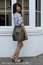 gold chicnova skirt - gray Forever 21 sweater - gold black Parisian sandals
