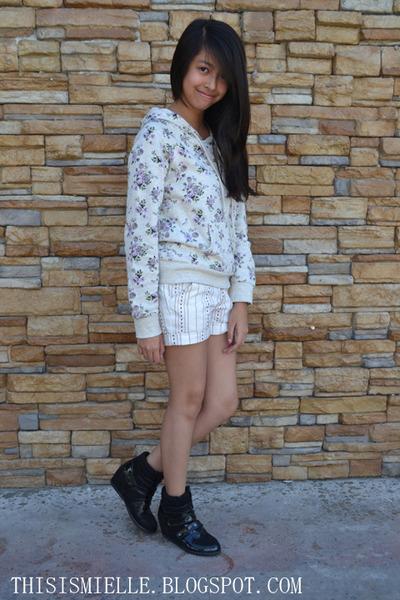 Forever 21 sweatshirt - white shorts Ayala shorts