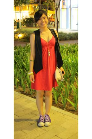 black maldita vest - red Old Navy dress - purple Bought from Japan shoes - beige