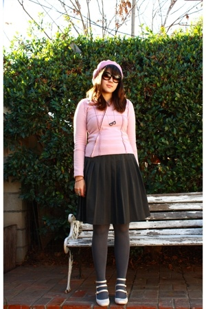 hat - sunglasses - Little boutique at home jacket - issac mizrahi skirt - Jeffre