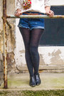 Black-ankle-boots-sixty-seven-boots-blue-cut-offs-one-teaspoon-shorts