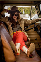 brown floppy hat Ducks in a Row hat - red harem pants free people pants