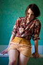 Mustard-leather-linen-shakuhachi-shorts-magenta-vintage-blouse