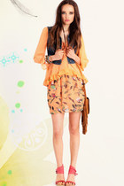 navy denim vest - tawny fringe purse - light orange print skirt skirt