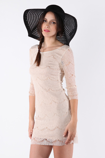 beige dress - black hat