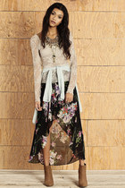 black skirt - brown boots - heather gray free people top