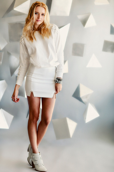 white skirt - off white boots - white sweatshirt