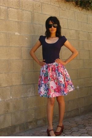 Nordstrom blouse - vintage shorts - Clarks shoes