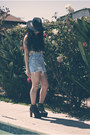 Jeffrey-campbell-shoes-panama-uo-hat-levis-shorts-floral-tank-top