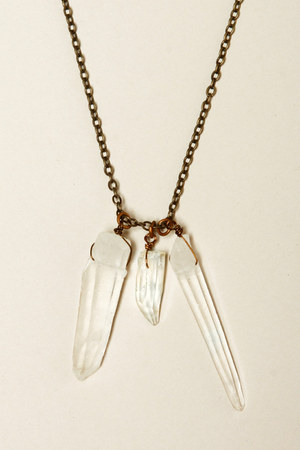 quartz crystal Thrifted & Modern necklace