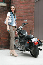 LAMB bag - neutral peep toe Payless heels - dark khaki skinny cargo Guess pants