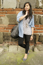 gray leopard print thrift top - blue flats random boutique shoes