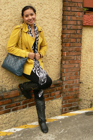 black From HK boots - gold thrift coat - white zebra-print gift scarf