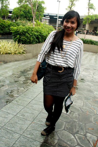 black polka thrift skirt - black flats Topshop shoes - white Mango shirt