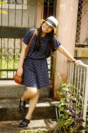 black thrift shoes - blue From SG dress - white straw Accessorize hat
