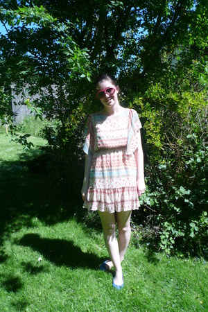 cream Primark dress - hot pink Primark sunglasses - sky blue Primark pumps