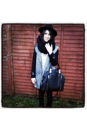 black H&M hat - gray Primark coat - black River Island leggings