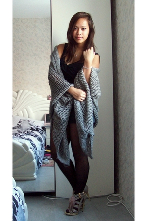 gray Zara vest - black asos top - black asos tights - gray River Island shoes