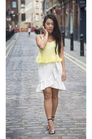 white H&M skirt - yellow Calliope top - Zara heels