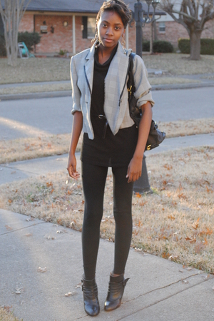 white jacket - black - black Walmart leggings - black Forever 21 boots - black F