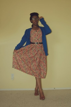 aa - Goodwill dress - Thrift Store belt - Goodwill shoes