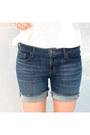 Black-pistol-boots-acne-boots-navy-denim-shorts-dstld-shorts