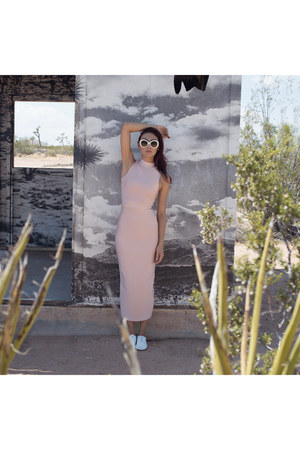 Another Sole shoes - One Honey Boutique dress