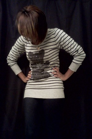 black Rue 21 boots - charcoal gray striped Forever 21 sweater