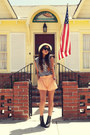 Black-h-m-boots-eggshell-f21-hat-navy-thrifted-shirt-light-orange-h-m-shor