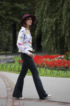 crimson Promod hat - navy Levis jeans - white Mohito shirt - gold Kiomi heels