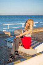 red mini skirt H&M skirt - white stripes Zara t-shirt