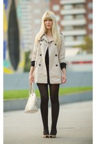 beige trench coat Stradivarius coat - black Primark tights - beige Primark bag