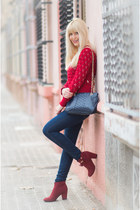 navy skinny jeans H&M jeans - ruby red ankle boots Tex boots
