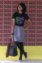 t-shirt - skirt - tights - shoes - - scarf