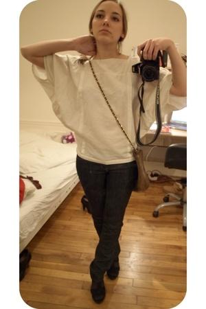 shirt - purse - jeans - shoes