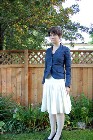 Theory jacket - caprice t-shirt - Club Monaco skirt - naturalizer shoes
