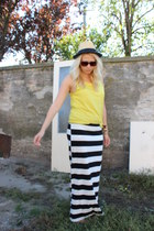 New Yorker skirt - Zara top