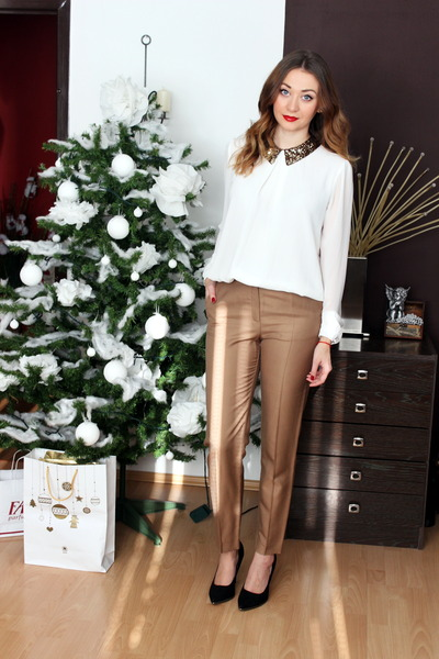 Ebay blouse - Newlook shoes - Mango pants