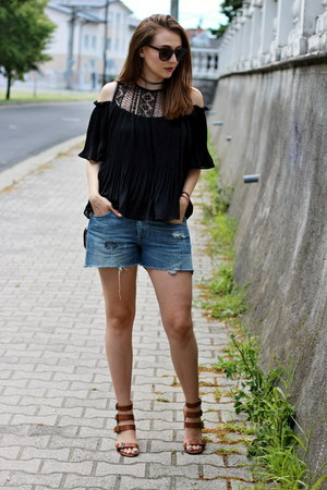 tunic shein top - Zara shoes - clutch OASAP bag - H&M shorts