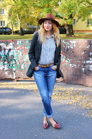 H&M jeans - loafers asos shoes - Pimkie coat - H&M hat - H&M shirt
