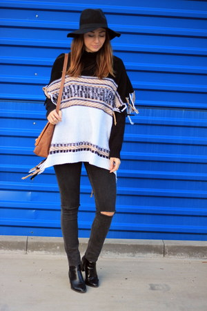 poncho shein sweater - Zara shoes - H&M jeans - H&M hat - H&M bag